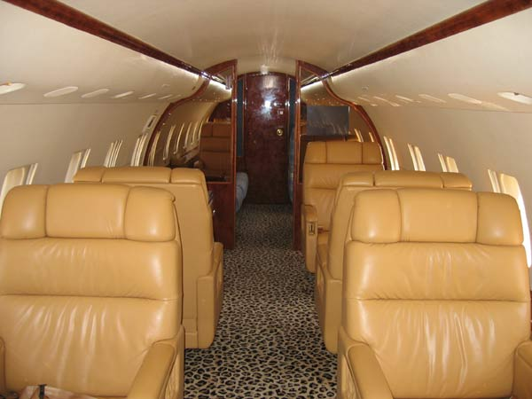 Air Charter Bahamas - Global Express Interior
